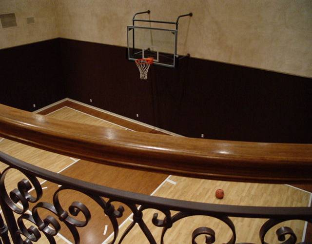 Magnificent properties com luxury real estate luxury for Indoor basketball court for sale