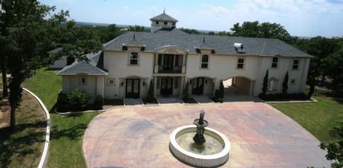 Pilot Point Luxury Home For Sale on acreage